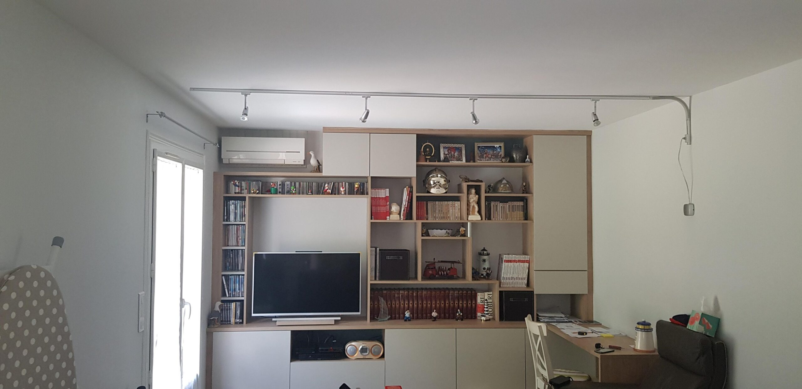 Collard bibliothèque sur mesure